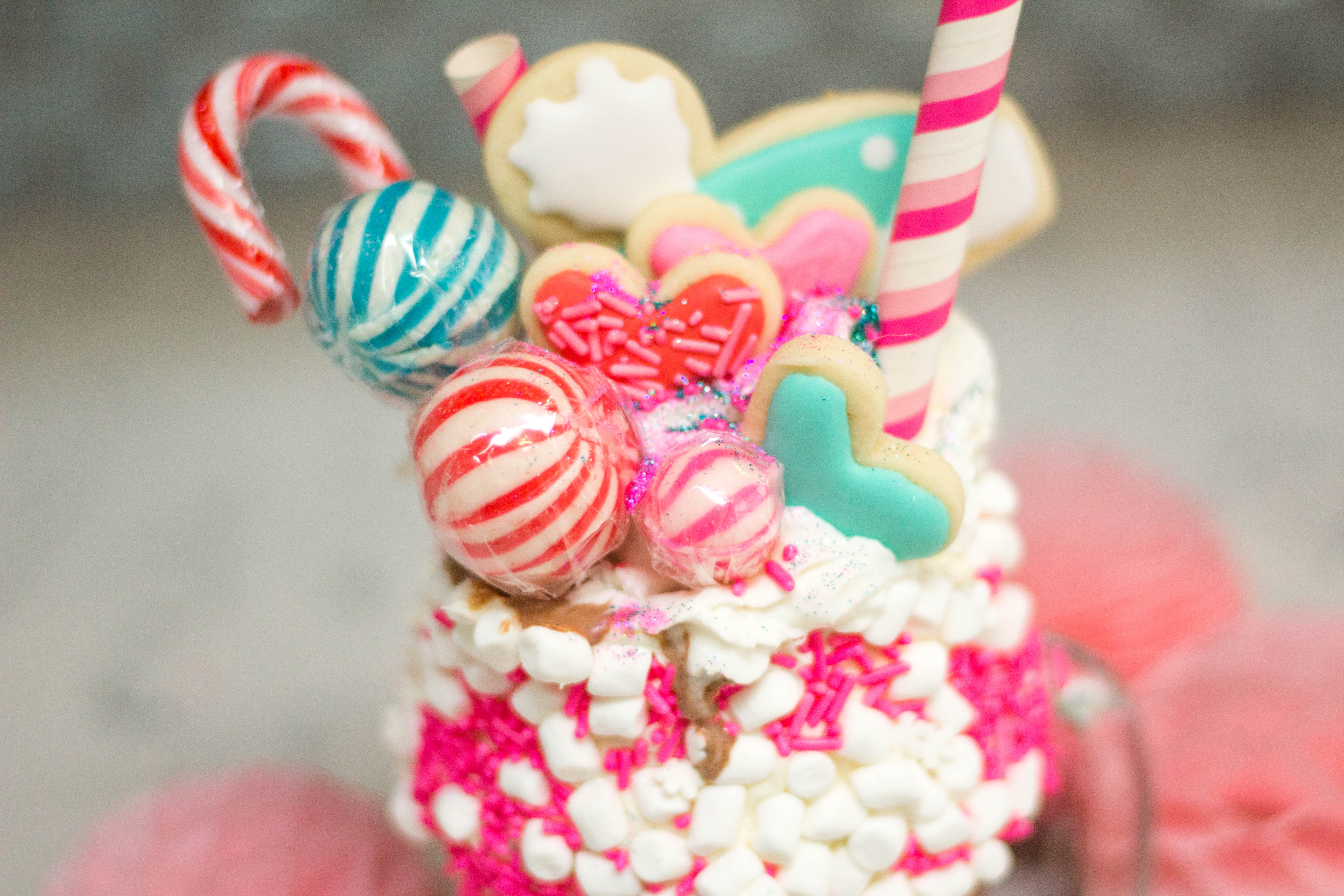 winter-baking-ice-cream-freak-shake-creative-desserts-overload-27
