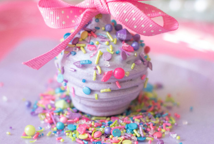 This One Ingredient Makes DIY Party Favors FAB