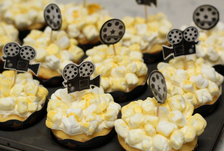 Popcorn Cupcakes are Perfect for a Movie Themed Party