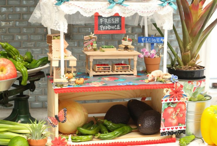 Farm Stand in Miniature Size Brings the Summertime Indoors
