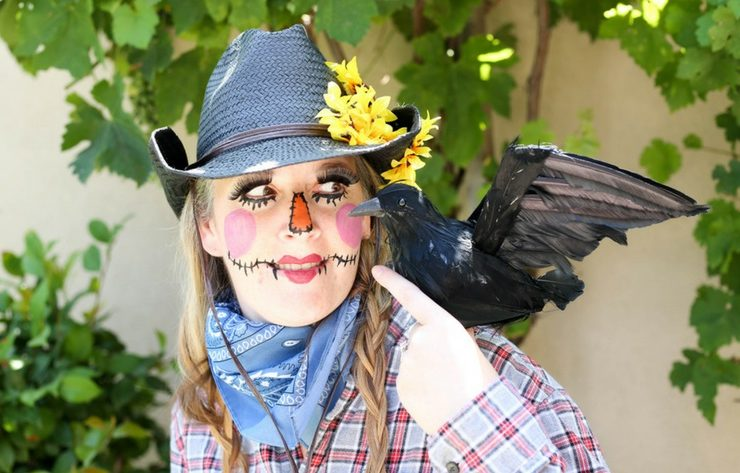 Darling DIY Scarecrow Costume
