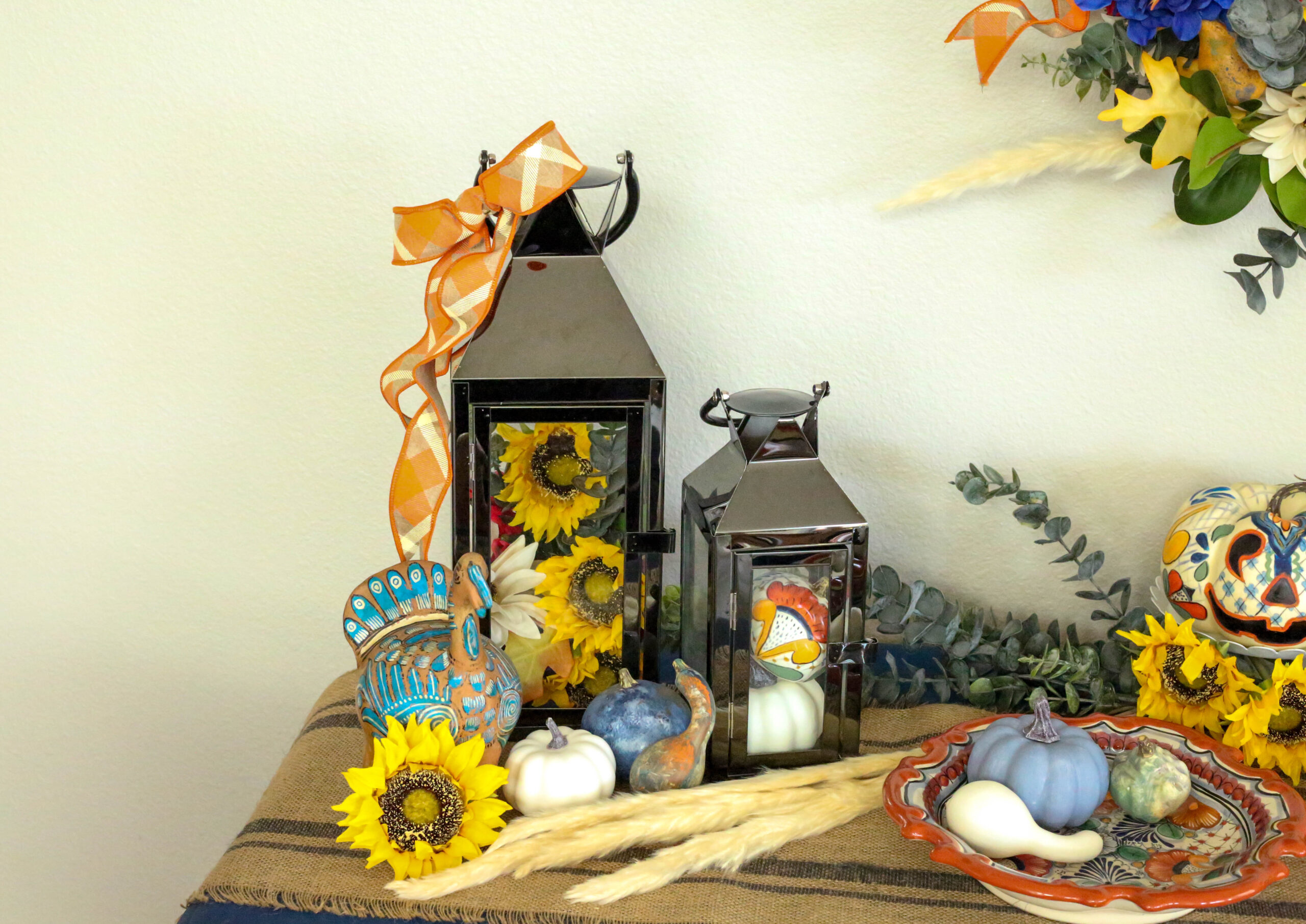 lanterns of flowers and gourds